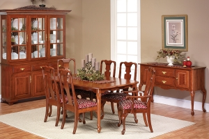 queen Victoria dining collection