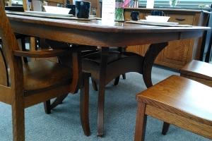 Close-up of Quartersawn White Oak trestle table