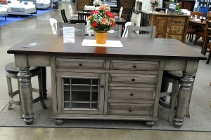 Gray island shown at Pittsburg Home & Garden Show